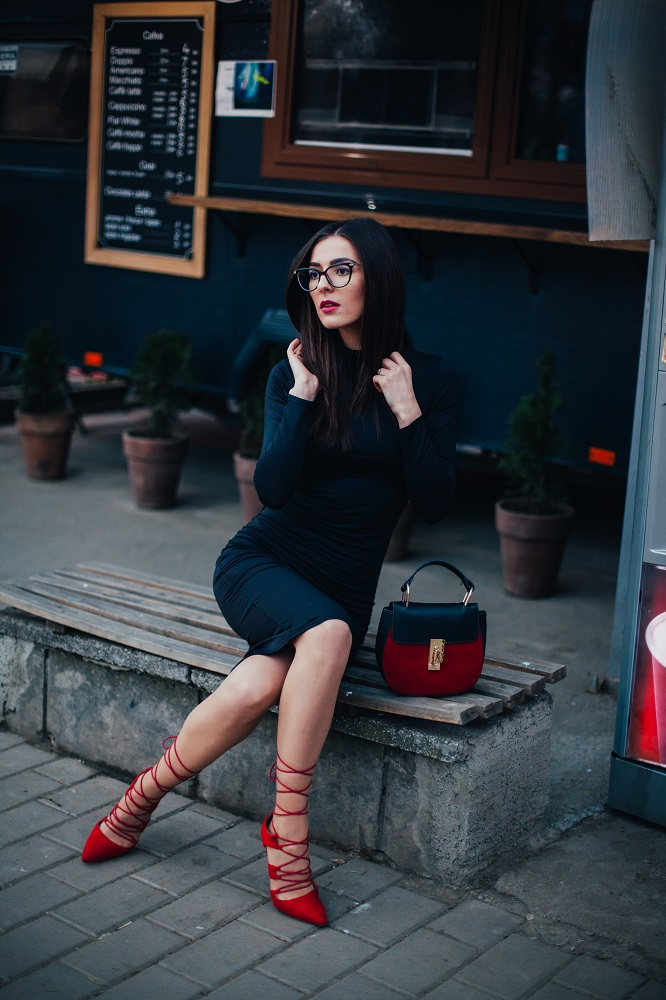 black dress, stiletto, coat, bag, jadu, amiclubwear, rosegal, stylish, body shape, smart investment, smart shopping, fashion blogger, ramonacervenciuc.ro